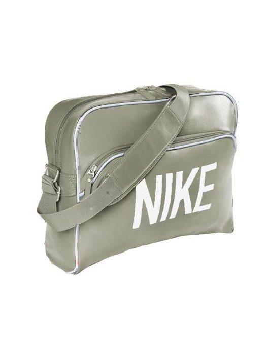 NIKE táska